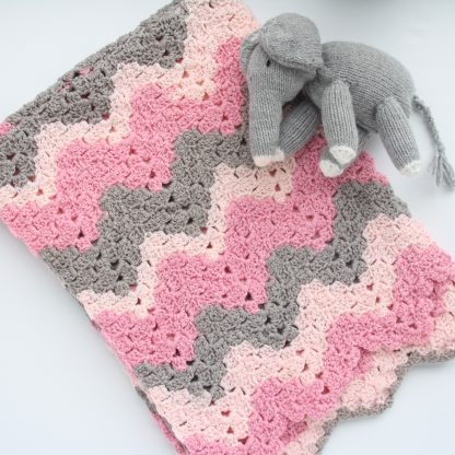 Vintage Ripple Baby Blanket 70*90cm in shades of pink and grey with baby elephant